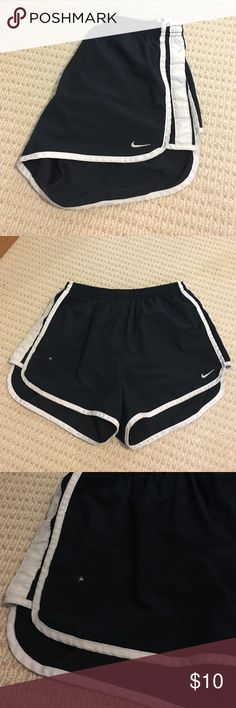 😄Sporty Nike Tempo Running Shorts😄 I bought these from another Posher, but they need a new home! There is a paint spot pictured that should come out with some warm water. Other than that they are super comfy and great for running! ❤️ ask any questions below! 😊👍🏼 Nike Shorts