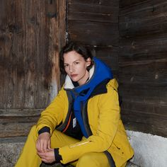 Thanks to its elastic, ultra-thin membrane, the new material not only gives our ski jackets DORO wind- and waterproofness, but also extremely high thermal insulation. Winter Day, Winter Looks, Cold Day, Skiing, Thermal Insulation, Warm, Outfits, Fashion, Jackets