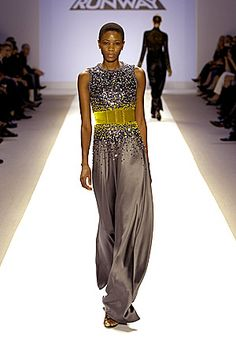 Does anyone else remember this dress from Laura Bennett on Project Runway? Love her style!