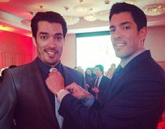 The Property Brothers Net Worth 2017 - Jonathan & Drew Scott Earnings  #networth #propertybrothers http://gazettereview.com/2017/04/jonathan-drew-scott-net-worth-property-brothers/