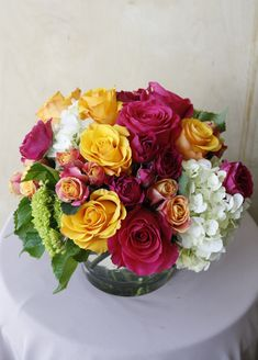 Fresh florals, seasonal florals and flower arrangements from our Santa Monica florist for flower delivery across Los Angeles, delighting those with impeccable tastes. Flower Delivery, Flower Decorations, Flower Arrangements, Centerpieces, Roses, Vibrant, Flowers, Plants, Beauty