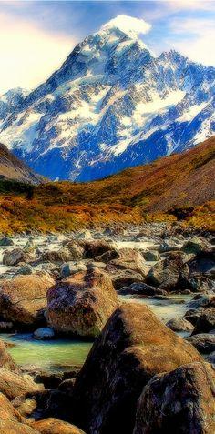 Aoraki / Mount Cook is the highest mountain in New Zealand. Sydney Australia, Australia Travel, Mount Cook New Zealand, Kiwiana, South Island, Greatest Adventure, Winter Photography, Landscape Photos, What Is Like