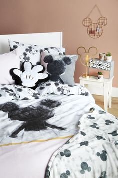 New Mickey& House collection from Primark is magically Disney Disney Diy, Casa Disney, Deco Disney, Disney Home Decor, Disney Room Decorations, Disney Dream, Disney Stuff, Mickey Mouse House, Mickey Mouse Gifts