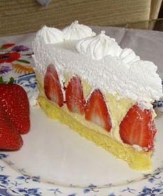 Torta s jagodama Strawberry Desserts, Summer Desserts, Just Desserts, Delicious Desserts, Strawberry Cheesecake, Sweet Desserts, Mexican Food Recipes, Sweet Recipes, Cake Recipes