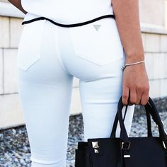 The perfect pair of white jeans (photo by Cristina Maritescu) #LoveGUESS