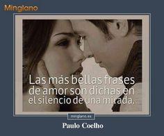 Frase de Paulo Coelho en la que habla sobre lo mucho que expresan las miradas de los enamorados
