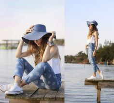 Summer Denim with Converse and Hat Floppy Hats, Summer Denim, Fashion Pants, Fashion Fashion, What To Wear, Style Inspiration, Outfits, Gap, My Style