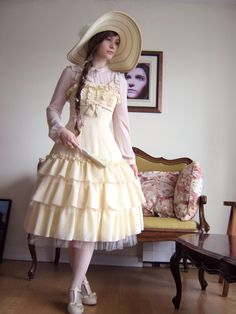 Fanny Rosie, lovely Classic Lolita from Montreal