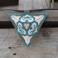 Beaded Earrings Patterns, Beading Patterns, Beaded Jewelry, Seed Bead Necklace, Seed Beads, Beaded Necklace, Peyote Triangle, Peyote Stitch Patterns, Geometric Necklace