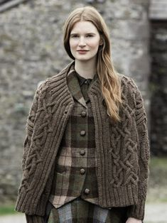 Derwent from Lakeland by Marie Wallin features 14 handknit designs for women and the home. It is a celebration of British heritage wear, the stunning Lakeland landscape and of British woollen yarns | English Yarns