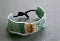 Woven Bracelet : 8 Steps (with Pictures) - Instructables Fabric Bracelets, Woven Bracelets, Fabric Jewelry, Bracelets For Men, Handmade Bracelets, Loom Weaving, Hand Weaving, Types Of Weaving, Overhand Knot