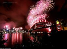 Sydney New Years Eve Fireworks 2007 by Christopher Chan, via Flickr