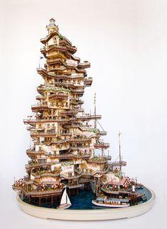 Sự kết hợp của gốc bonsai và tranh tầm sâu tạo nên tòa tháp kem đồ sộ