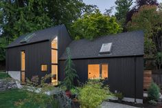 This Granny Pad Went From Backyard Garage to Tiny House — Architectural Digest : This Granny Pad Went From Backyard Garage to Tiny House See the transformation that helped a Seattle family make more space Architectural Digest, Loft Spaces, Living Spaces, Tiny House, Seattle Architecture, Old Garage, Backyard Cottage, Sweet Home, Cedar Siding
