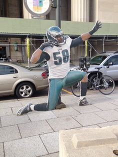 Trent Cole on the hunt in downtown Philly! Go Eagles 94742a560