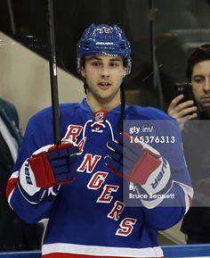 Derick Brassard new love New York Teams, Rangers Hockey, New York Rangers, Hockey Players, New Love, My Boys, Hot Guys, Toothless, Blue