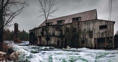 Balaclava Abandoned Sawmill in Ontario [OC] - Abandoned Architecture - Big City Buildings - Modern and Historical Buildings - City Planning - Travel Photography Destinations - Amazing Ugly and Beautiful Places Cheltenham Badlands, Manitoulin Island, Creepy Ghost, Old Churches, Unusual Things, Dark Skies, Lake Superior, Haunted Places, City Buildings
