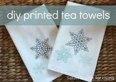 Learn how to make these easy and inexpensive snowflake printed tea towels to keep or give away. A fun craft idea using fabric paint. Discover more handmade gift ideas at SatoriDesignforLiving.com
