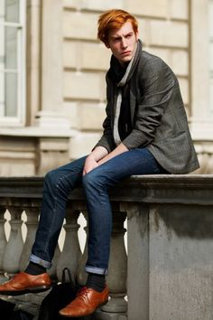 I've always loved a contrasting shoe, though here, it's balanced out by his hair.