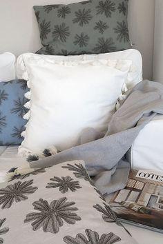 alle kissen und den gesamten look uns noch weitere looks. Black Bedroom Furniture Sets. Home Design Ideas