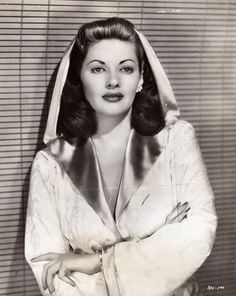"""Yvonne DeCarlo"" WELL HELLO Mrs. Munster ♥ She reminds me of a brunette Lucille Ball. SUCH beauty!"