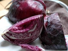 The Crisper Whisperer: Lucky-Lusty Red Cabbage and Apples RecipeAs a proud Quarter-Irishwoman, I simply couldn't let St. Patrick's Day roll by without a proper dinner of corned beef and cabbage. But your average bo. Red Cabbage And Apples Recipe, Corn Beef And Cabbage, Green Cabbage, Purple Vegetables, Fruits And Veggies, Apple Recipes, Veggie Recipes, Broccoli Rabe Recipe, Boiled Cabbage
