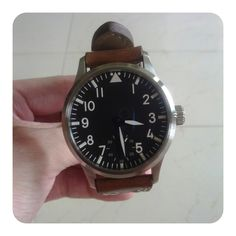 Kemmner Flieger Type A with vintage-looking strap.