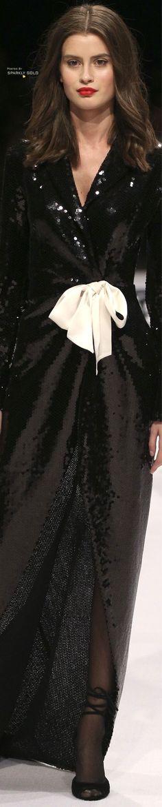 Djaba Diassamidze Tbilisi Fall 2018 Women's Dresses, Pretty Dresses, Black White Fashion, Black White Red, Fashion Today, Fashion 2018, Fall 2018, Couture, Editorial Fashion