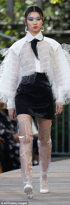 Kaia Gerber rocks the runway at glittering Chanel PFW Show | Daily Mail Online