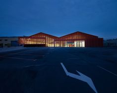 Calais, France ZAP'ADOS Conversion of industrial hall into Skate Park and Youth Centre