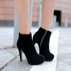 Botas y Botines de Mujer - Nellie - Damen Hochzeitskleid and Schuhe! Cute Shoes Heels, Cute High Heels, Fancy Shoes, Prom Shoes, Pretty Shoes, Women's Shoes, Me Too Shoes, Shoe Boots, Ankle Boots