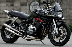 Suzuki GSX 1100 S Katana by Custom Bike Light