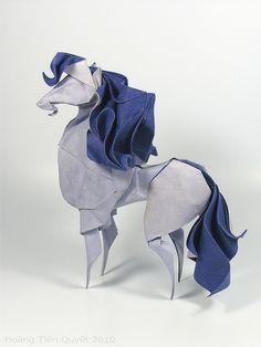 Origami Horse by ORI_Q, via Flickr Paper Crafts Origami, Papel Origami, Diy Paper, Oragami, Papercraft, Origami Horse, Blatt Papier, Animal Sculptures, Paper Sculptures