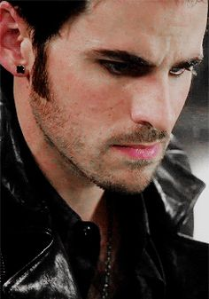 Captain Hook Killian Jones Colin O'Donoghue 4x8 Once Upon A Time