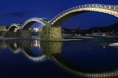 Kintai Bridge, Iwakuni, Japan is a historical wooden arch bridge, built in 1673 Love Bridge, Arch Bridge, Pictures Of Bridges, Wooden Arch, Famous Bridges, Canada Images, Japan Photo, Take Better Photos, World Photo