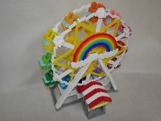 DIY 3D Ferris wheel perler beads - http://tsr2.cocolog-nifty.com/blog/2016/07/post-603c.html