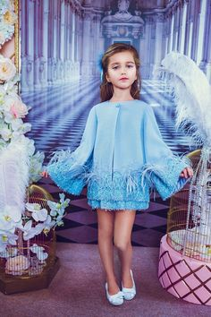 haute couture fashion Archives - Best Fashion Tips Baby Girl Dress Patterns, Little Girl Dresses, Girls Dresses, Kids Dress Wear, Kids Gown, Teen Girl Outfits, Cute Outfits For Kids, Cute Kids Fashion, Baby Girl Fashion