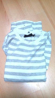 Camiseta. Talla 12. Valor: 1 Amaranto