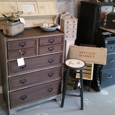 Chest of drawers painted with Honfleur and French Linen Chalk Paint ™ with Annie Sloan black wax.