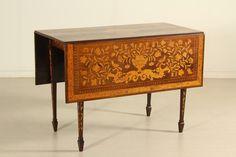 Tavolino a bandelle intarsiato #anticonline #mobilio #arredamento #modernariato #furniture #italianfurniture #italiandesign #antique #madeinitaly