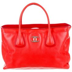 Pre-owned Chanel Ultra Soft Executive Cerf Tote (4.505 BRL) ❤ liked on Polyvore featuring bags, handbags, tote bags, red, red tote, tote handbags, chanel tote, purse tote and red handbags