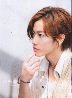 http://animeee.com/gallery/10/5/takeru-sato-2012-3.jpg
