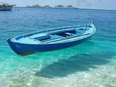 Clear water in Fiji island – This boat appears to be floating on air, but the crystal blue waters are just that. A perfect place to go boating and enjoy the marine life. Dubrovnik, Dream Vacations, Vacation Spots, Romantic Vacations, Romantic Getaway, Places To Travel, Places To See, Beautiful World, Beautiful Places