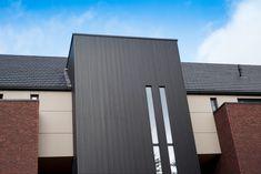 Inspiratie & realisaties aluminium gevelbekleding — Mato Modern Garage Doors, Exterior Siding, Cladding, Facade, Skyscraper, Multi Story Building, Interior, House, Inspiration