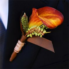 Boutonniere (also known as flowers boutonniere) is the male equivalent for the bodice worn by a woman. Boutonniere is usually a selection of one or two small Fall Wedding Flowers, Orange Wedding, Autumn Wedding, Floral Wedding, Wedding Colors, Wedding Bouquets, Rustic Wedding, Church Wedding, Lily Wedding