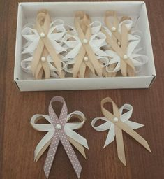 21 Ideas for a Frugal (Not Cheap) Wedding on a Budget & More cute wedding ideas Craft Wedding, Cute Wedding Ideas, Wedding Pins, Wedding Album, Wedding Book, Diy Wedding, Rustic Wedding, Wedding Decorations, Diy Ribbon