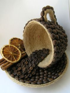 Discover thousands of images about DIY Unique Table Decor with Coffee Beans Hobbies And Crafts, Diy And Crafts, Crafts For Kids, Arts And Crafts, Coffee Bean Art, Coffee Beans, Coffee Bean Decor, Coffee Room, Bottle Art