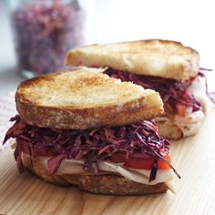 Smoked Turkey and Slaw on Country Toast   A simple slaw complements deli turkey in this tempting sandwich. Experiment with different breads, such as toasted sourdough, rye or pita.