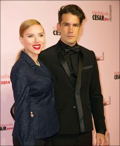Scarlett Johansson is having a baby. The actress is expecting her first child with French fiance!