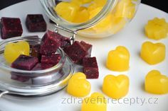 There are two groups of people - those who prefer chocolate and those who indulge in jelly candies. If you're a fan of jelly candies at least like me, but trying to avoid this d. Kiwi, Stevia, Healthy Sweets, Healthy Recipes, Homemade Jelly, Czech Recipes, Chocolate Fondue, Just Desserts, Deserts